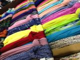 Типы платков из пашмины (с кисточками, бахромой, серебристые, с принтом в виде листа, с флок-принтом, с цифровым рисунком, с пошивом и т.